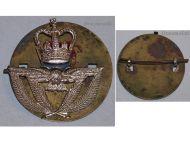 Great Britain Royal Air Force RAF Cap Badge Queen's Crown 1952 Korean War British Insignia