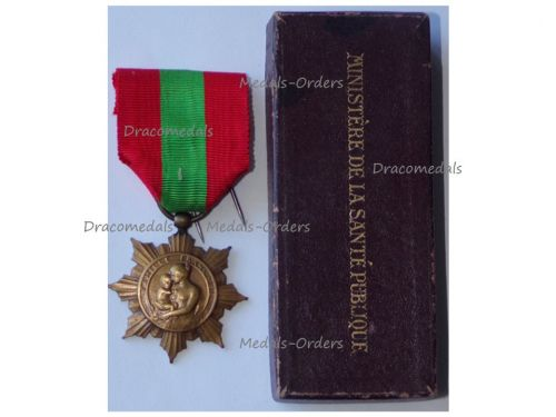 France WWI Bronze Medal for the French Families 1920 by the Ministry of Hygiene Boxed by the Ministry of Public Health