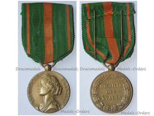 France WWI WWII Escapees Prisoners of War Medal