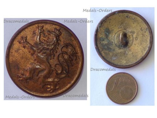 Germany WWI Bavaria Bavarian Army Large Tunic Button with the Bavarian Lion Marked  MKA