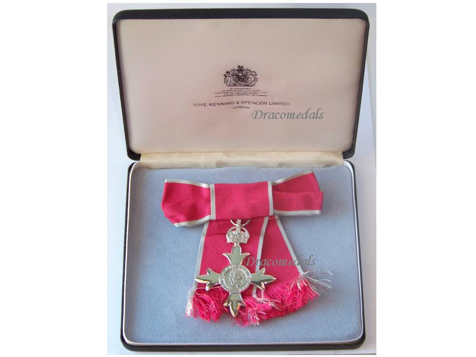 Britain Order British Empire Member Cross Medal MBE Decoration Ladies 2nd  Type Since 1935 Post WW2 Boxed Award Maker Toye Kenning & Spencer